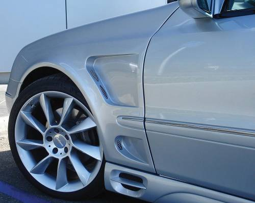 Performance Products® - Mercedes® Lorinser® Front Fenders, Pair, 2007-2009 (211)